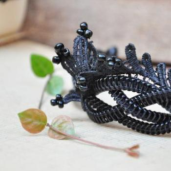 Lace weaving elegance women's black wristband by Sakura ZIPPER Jewelry.